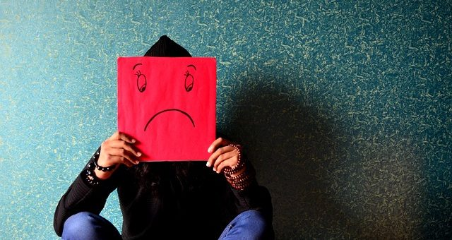Jak radzić sobie ze stresem w pracy opiekuna osób starszych?